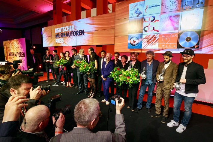 in Verleihung des Deutschen Musikautorenpreises 2015: Die Gewinner (FOTO)