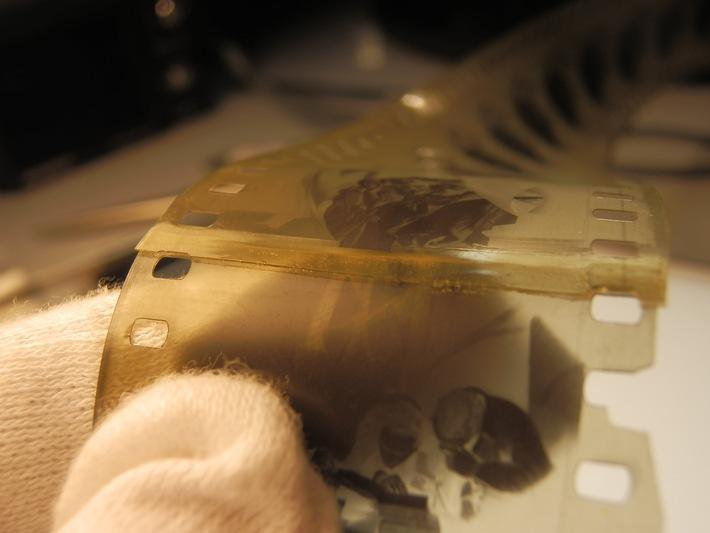 in Bertelsmann freut sich über Auszeichnung für Caligari-Restaurierung (FOTO)