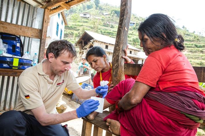 in Johanniter-Helfer kehren aus Nepal zurück / Nach der Soforthilfe weitere Hilfsaktivitäten geplant (FOTO)