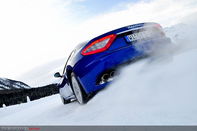 10-01-29-maserati 3646 in Schneetreiben Teil 2: Italien Gelato - Maserati on snow