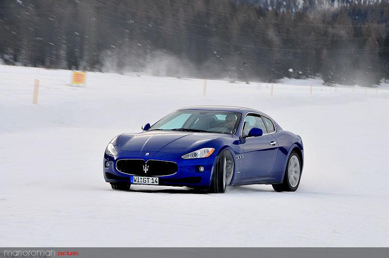 10-01-29-maserati 3859 in Schneetreiben Teil 2: Italien Gelato - Maserati on snow