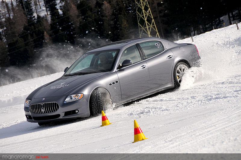 10-01-29-maserati 4445 in Schneetreiben Teil 2: Italien Gelato - Maserati on snow