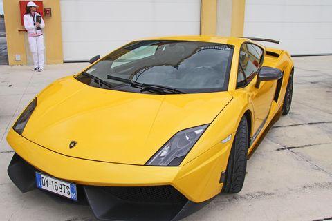 2010120085 0002 in Lamborghini Gallardo Superleggera: Rennmaschine für die Straße