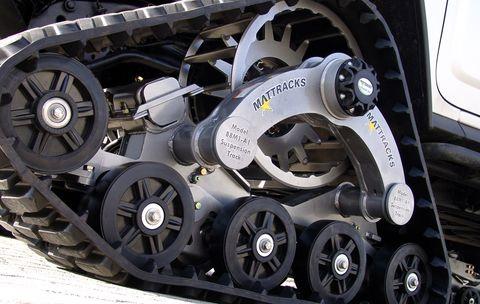 Hummer3 in GeigerCars: Hummer mit Kettenantrieb