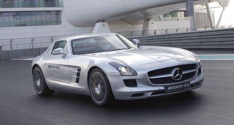 Sls Amg in Mercedes SLS AMG und E-Klasse Cabriolet am Start