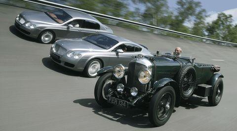 2010140084 0002 in Bentley mit historischen und aktuellen Schmuckstücken in Essen