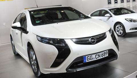 Ampera1 in Opel Ampera mit erstem Deutschland-Auftritt