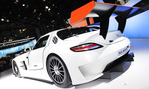Slsamg in Video: New York International Auto Show 2010