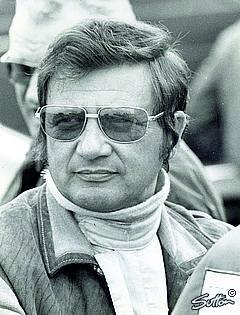 Picture 3 Hans Herrmann Press in Hommage an Porsches ersten Gesamtsieg in Le Mans