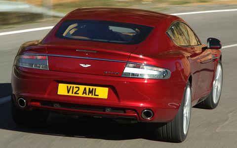 Aston-martin-rapide-2 in Aston Martin Rapide fährt mit Bridgestone Potenza