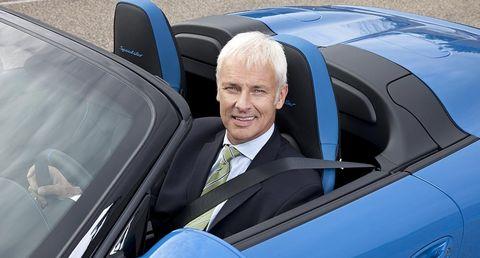 Matthias-mueller in Porsche Speedster: Enthüllung vom neuen Vorstandsvorsitzenden Matthias Müller