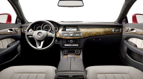 Mb-cls-3 in Ab Neujahr rollt der Mercedes-Benz CLS heran