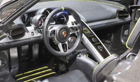 Porsche-918-3 in Porsche: Museum zeigt den 918 Spyder