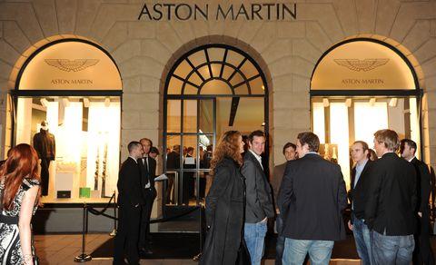 Aston-martin-store-muenchen-1 in Aston Martin München: Store-Eröffnung