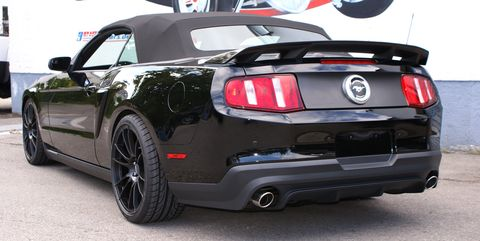 Ford-mustang-cabrio-2 in GeigerCars: Ford Mustang 2011 mit Kompressor-Power