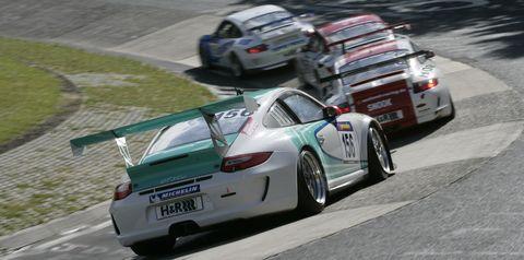Porsche-911-GT3-Cup-2 in Das größte Porsche-Rennen der Welt