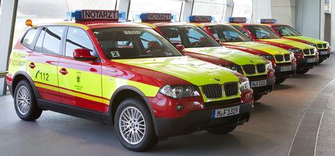 Bmw-x3-notarzt in BMW X3 als Notarztwagen in München
