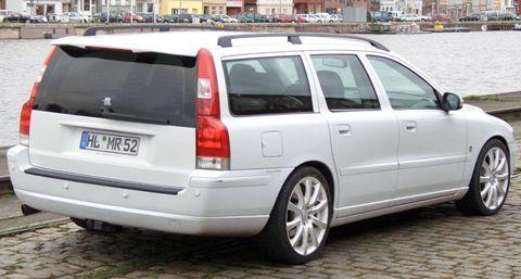 MR-D5-EVO3-10 in Oldie but Goldie – Volvo V70 D5 von MR Sweden