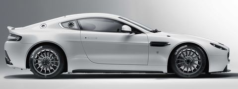 Aston-martin-vantage-gt4-3 in Neuer Aston Martin Vantage GT4 am Start