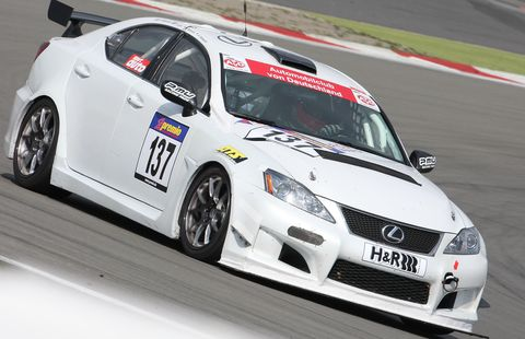 Lexus-is-f in Gran Turismo 5: Viele Lexus auf der Strecke