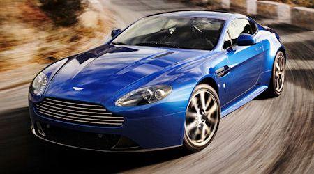 Aston-Martin-V8-Vantage-S-2 in