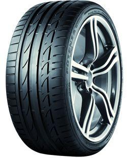 Bridgestone-potenza-s001 in Lexus LFA rollt auf Bridgestone Potenza S001