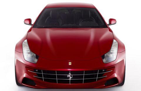 Ferrari-ff-2 in Ferrari FF: Viersitzer mit V12 und Allrad