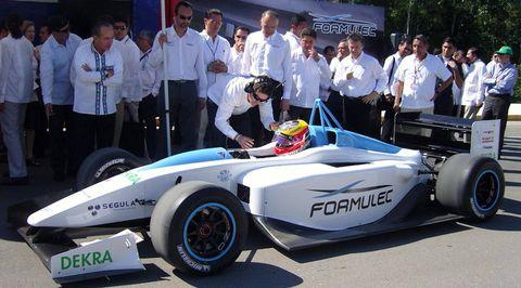 Formulec-formel-elektro-rennwagen-1 in Elektrischer Formel-Rennwagen von Formulec
