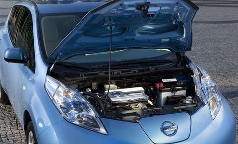 Nissan-leaf-3 in Der Nissan Leaf ist Auto des Jahrs 2011