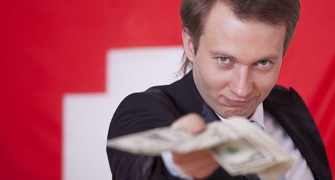 Rich-people in Die Schweizer kaufen Autos ein