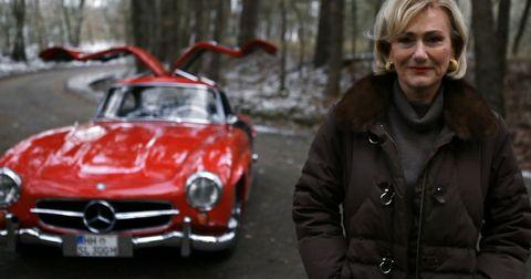 Ursula-hillgruber in 125 Jahre Automobil: 30 Filme von Mercedes