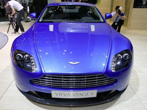 Aston-martin-v8-vantage-s-1 in Aston Martin zeigt den V8 Vantage S