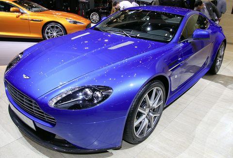 Aston-martin-v8-vantage-s-2 in Aston Martin zeigt den V8 Vantage S