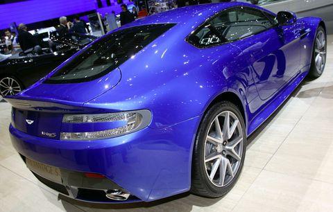 Aston-martin-v8-vantage-s-3 in Aston Martin zeigt den V8 Vantage S
