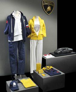Lamborghini-collezione in Berlin: Lamborghini mit Fashion Flagship Store am Kudamm
