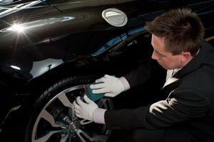 Steffen-becher-autopflege in Autowäscher einfliegen lassen: Steffen Becher machts möglich