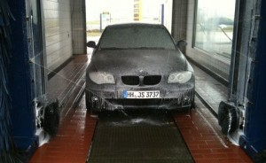120d-waschanalge-300x184 in BMW 120d (E87)