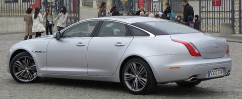 Jaguar-xj-2 in Jaguar XJ ist Luxury Car of the Year - in den USA