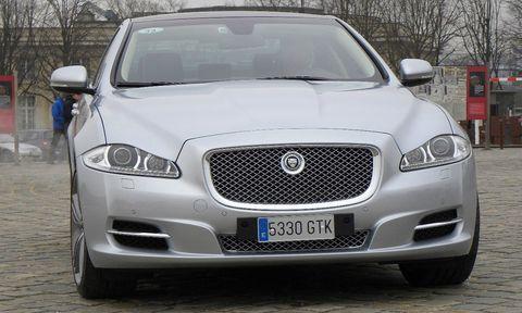 Jaguar-xj-4 in Jaguar XJ ist Luxury Car of the Year - in den USA
