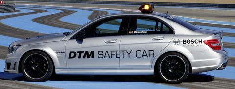 Mercedes-c-63-mag-safety-car-2 in DTM: Mercedes-Benz C 63 AMG macht Job als Safety Car