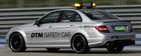 Mercedes-c-63-mag-safety-car-5 in DTM: Mercedes-Benz C 63 AMG macht Job als Safety Car