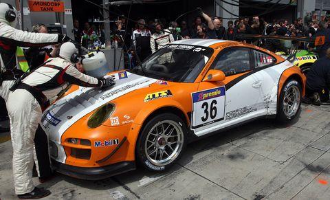 Porsche-911-GT3-R-Hybrid-4 in Porsche 911 GT3 R Hybrid siegt am Nürburgring