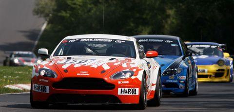 Aston-martin-mathol-racing in Nürburgring: Nervenkitzel für Aston Martin beim 2. VLN-Rennen