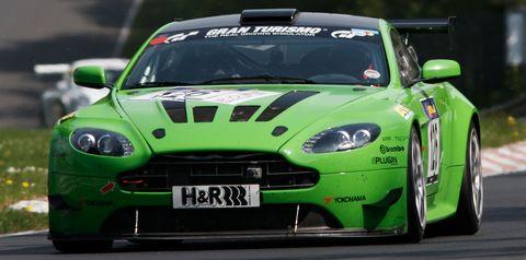Aston-martin-v12-vantage-kermit in Nürburgring: Nervenkitzel für Aston Martin beim 2. VLN-Rennen