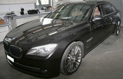 Bmw-750-il in Edel-Diebstahl in Zürich: Bugatti Veyron 16.4 Grand Sport, Ferrari 599 GTB und BMW 750iL