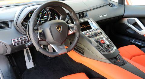 Lamborghni-aventador-lp-700-4-3 in Lamborghini: Nach dem Aventador LP 700-4 noch ein Modell?