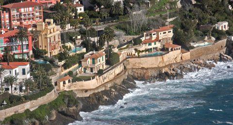 Luxusvilla-cap-d-ail-le-chien-bleu-4 in Cap dAil: Luxusvilla Le Chien Bleu in Südfrankreich zu verkaufen
