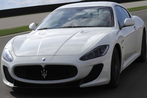 GranTurismoMCStradale in Maserati Gran Turismo MC Stradale setzt auf Alcantara