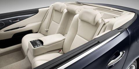 Lexus-LS-600h-L-Landaulet-3 in Lexus LS 600h L Landaulet für Fürst Albert II. und Charlene Wittstock