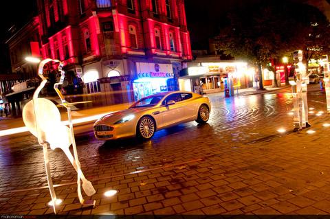 Am-rapide-garage-44-Bearbei in Impressionen: Aston Martin Rapide